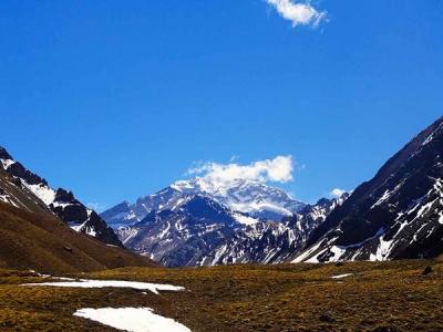 南米最高峰のアコンカグア山