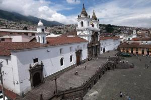 南米最古、エクアドルで最重要なサン・フランシスコ教会
