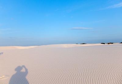 どこまでも続く白い砂