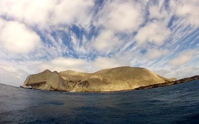 上陸ポイントまるでなし。サンベネディクト島